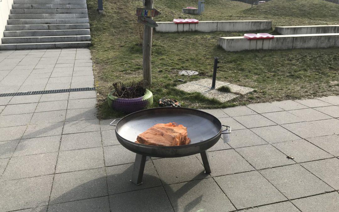 Neue Feuerschale für das Konfetti